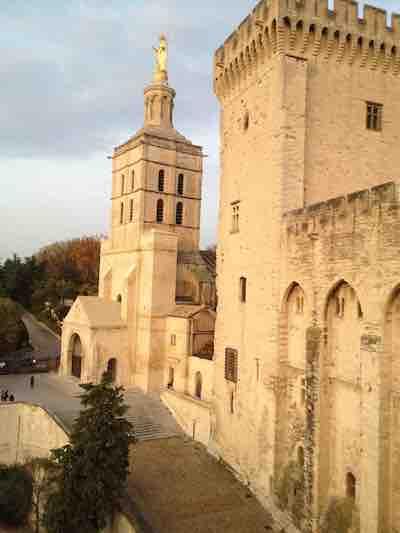 Cours et formation en Astrologie Structurale Avignon